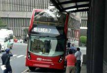 reparación del metrobús de dos pisos