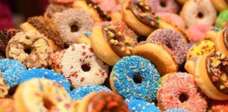 donuts vs cookies fest
