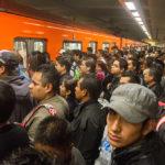 se-queda-dormido-en-el-metro-y-lo-multan-con-81