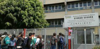 alumnos de la UACM