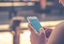 Facebook revisa los chats de Messenger