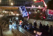 La volcadura de un auto en la Línea 5 del Metro dejó a una mujer y dos hombres lesionados