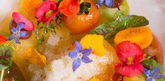 Comida con flores en la CDMX