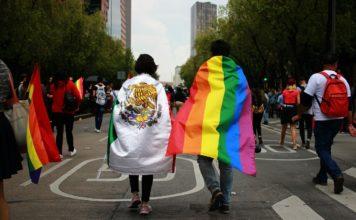 La marcha LGBT y los festejos del Tri se cruzaron en varios puntos de la CDMX; la SSP no registró actos de violencia.