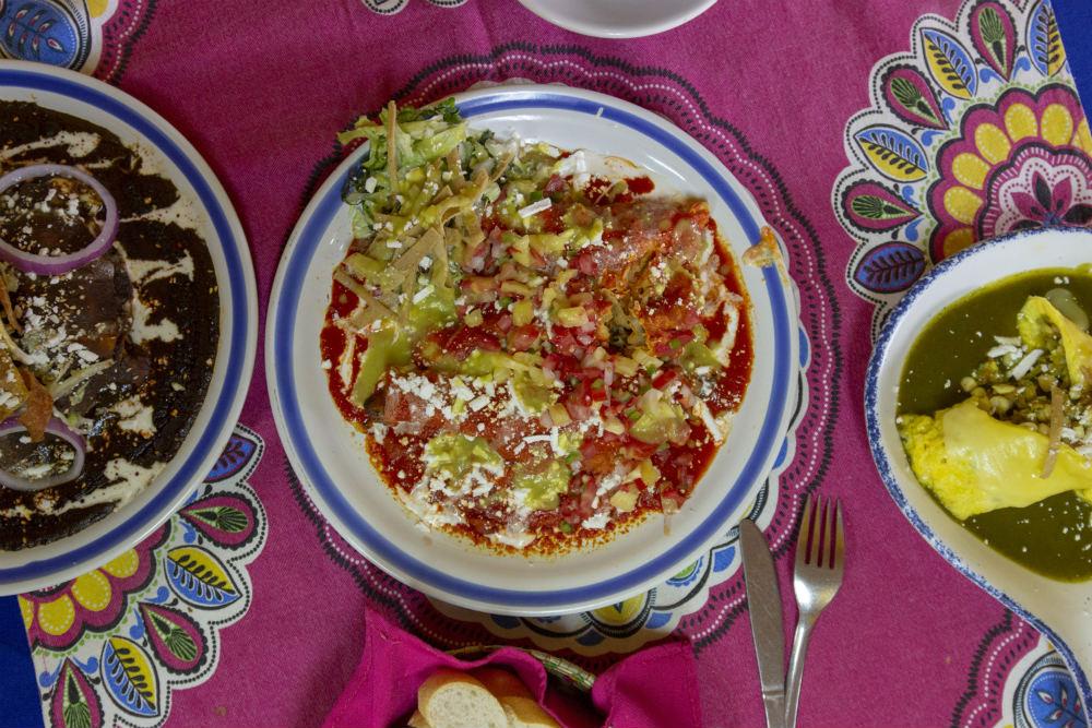 El paraíso de las enchiladas en CDMX está en Mis Amores