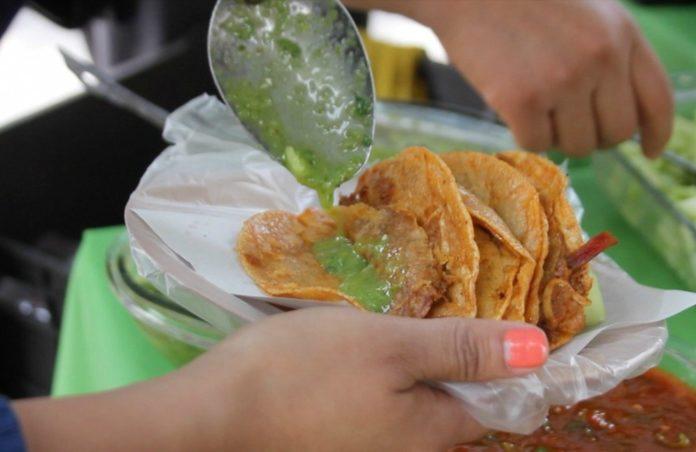 ¿Cuáles son los nutrientes de los tacos?