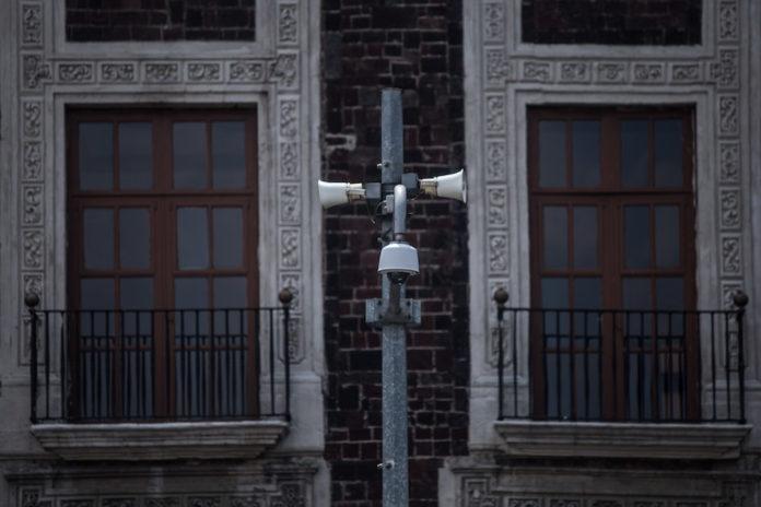 altavoces de la alerta en la Basílica