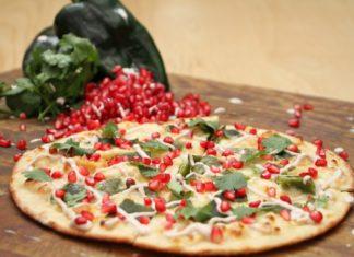 PIZZA DE CHILE EN NOGADA