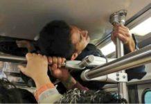 ¿Eres tú, Spiderman? Hombre viaja pegado al techo del Tren Ligero de la CDMX