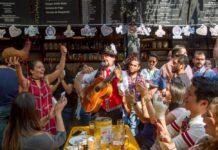 Oktoberfest en el Biergarten