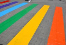 Paso peatonal en la CDMX presume colores de bandera LGBTTTI