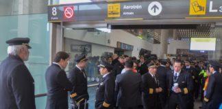 pilotos y sobrecargos de Aeroméxico