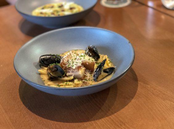 Margaret Chic Kitchen