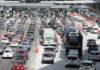 Tráfico en autopistas después del puente