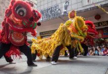 danza del león en el Barrio Chino