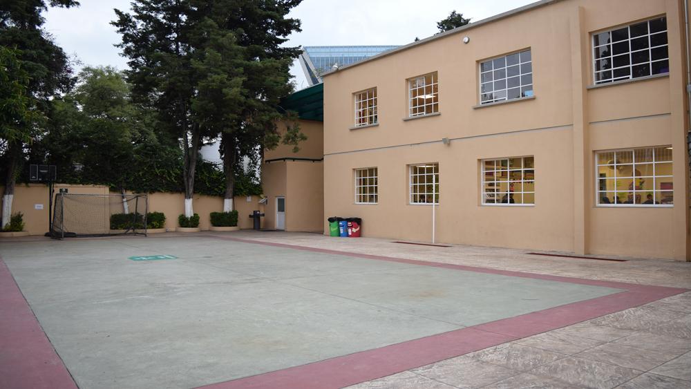 Escuela Sierra Nevada Lomas