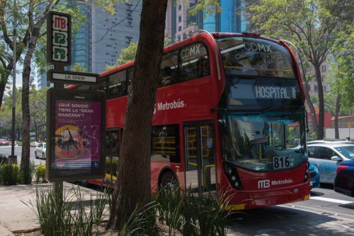 horario del Metrobús en Año Nuevo