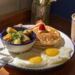 motin-vino-en-el-desayuno-y-chilaquiles-en-la-cena