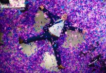 como jugar confetti en fACEBOOK