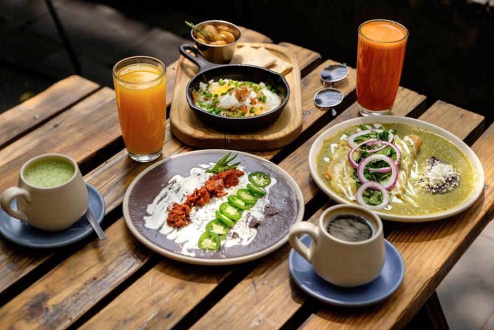 30 lugares para desayunar rico en la CDMX �🥓🥞