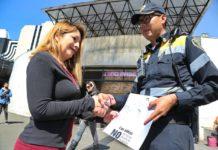 """policías se suman a la campaña """"Dame la Mano"""""""