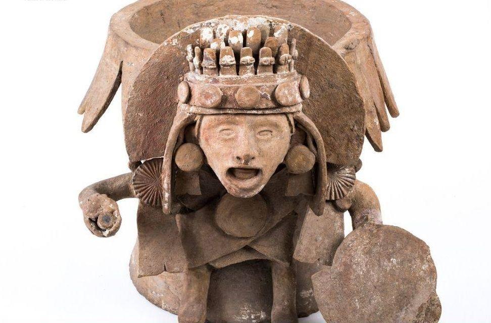 Chimalli Tesoro De Moctezuma La Historia De Una Reliquia Prehispánica