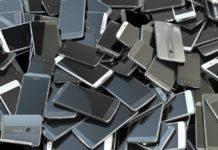 Ya no hay, marchanta: prohíben venta de celulares en tianguis de Neza
