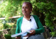 Estudiante de 63 años está a punto de graduarse de CCH Sur