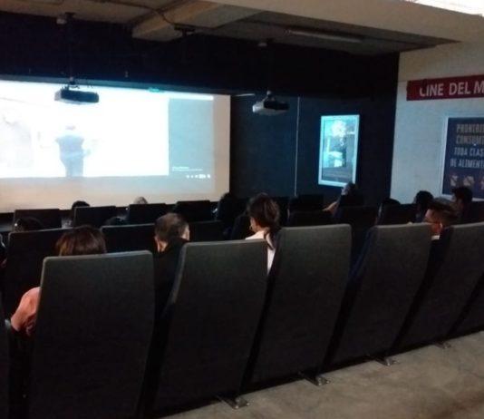 sala de cine en el Metro