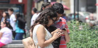 Presentan primeros postes con Wifi gratis en la Ciudad de México