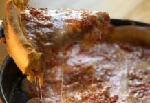 Día de la Pizza Deep Dish