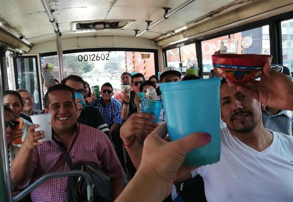 MICROBUS PULQUERO EN TACUBAYA