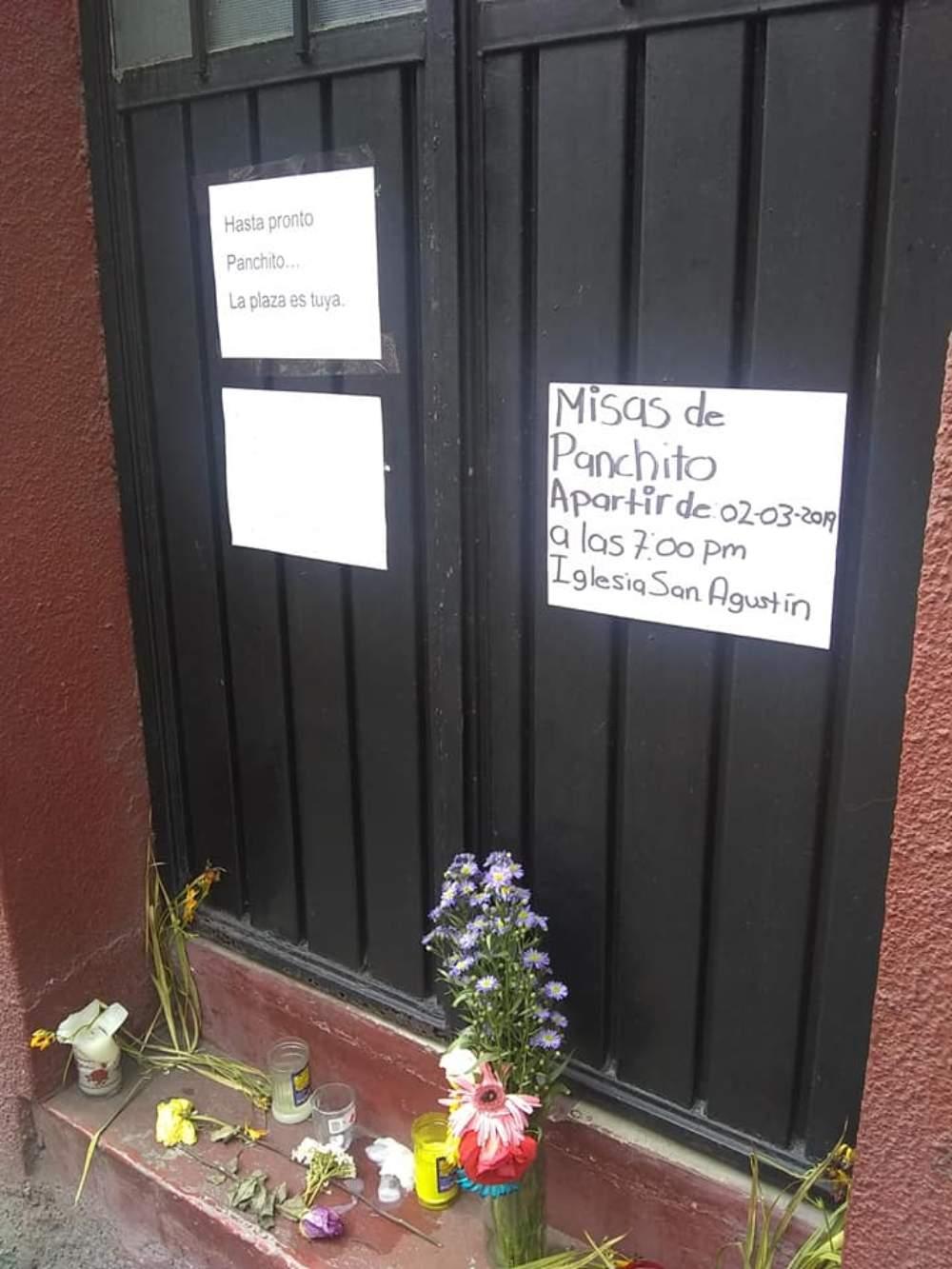 muestras de afecto a Panchito en el centro de Tlalpan