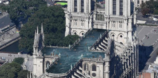 reconstruir Notre Dame