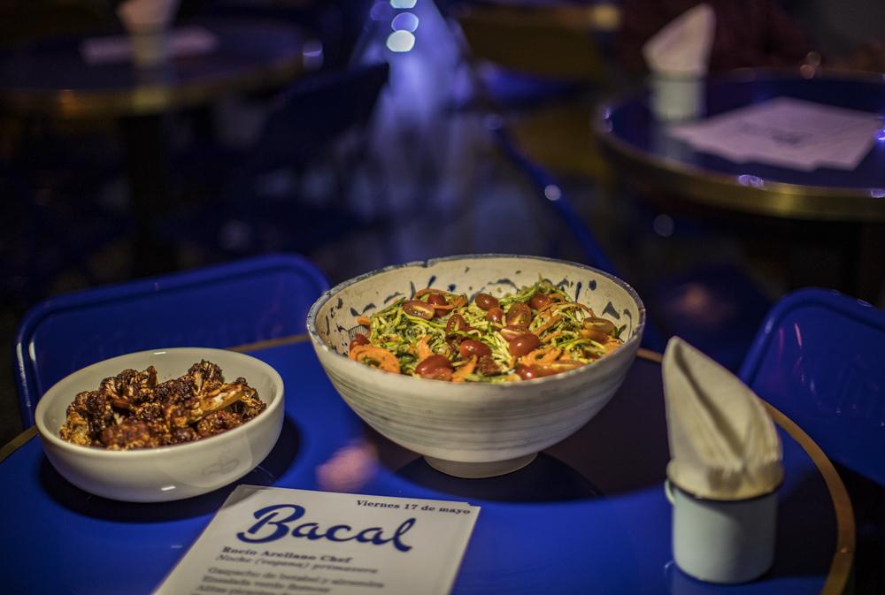 Come lo que quieras y paga lo que quieras en Bacal