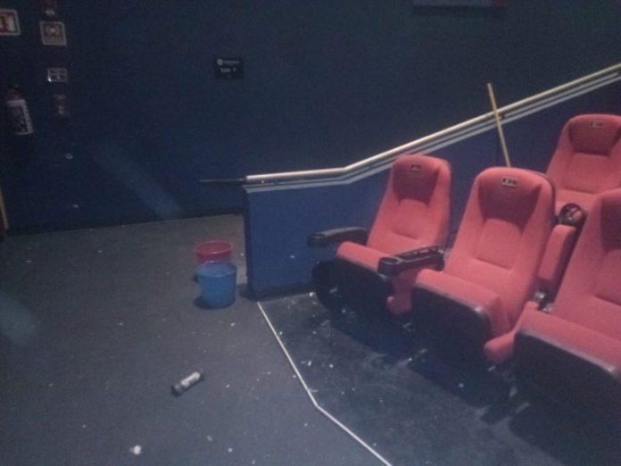 explota artefacto en cine de aragon
