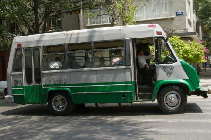 Transportistas piden aumento en la tarifa de transporte público