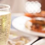 cava-nomada-tarde-de-acapulco-en-la-azotea-con-ceviche-y-champagne