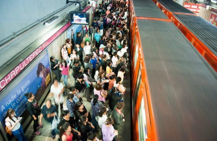 afluencia de pasajeros en el Metro