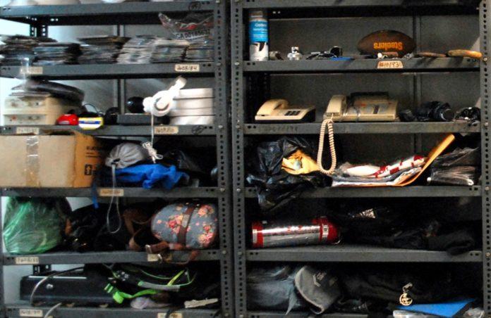 Desde una TV hasta celulares: destruirán objetos extraviados en el Metro
