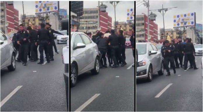 policías agreden a una mujer en Viaducto