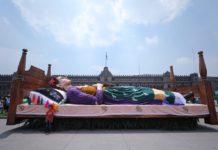 Frida Kahlo en el Zócalo