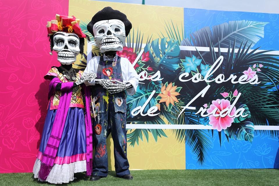 Frida Kahlo en el Zócalo botargas