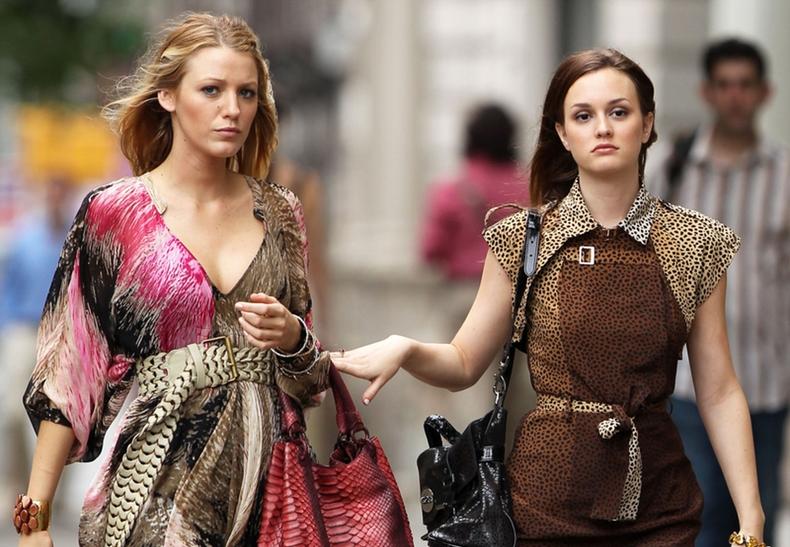 Gossip Girl en HBO Max presenta un NY invadido por las redes sociales