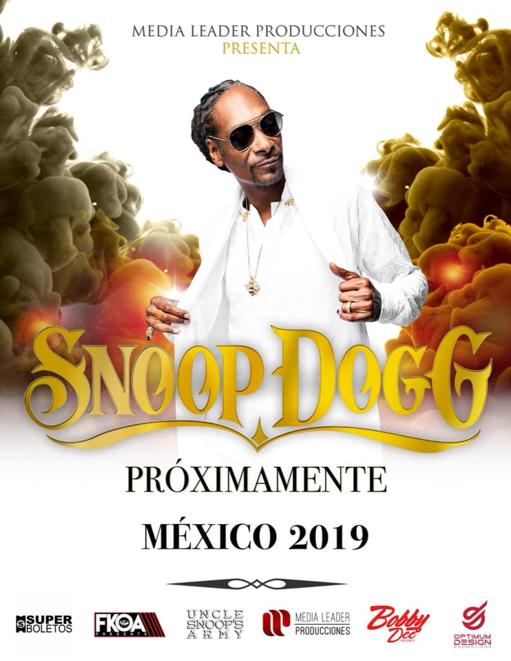 Snoop Dogg en México poster of