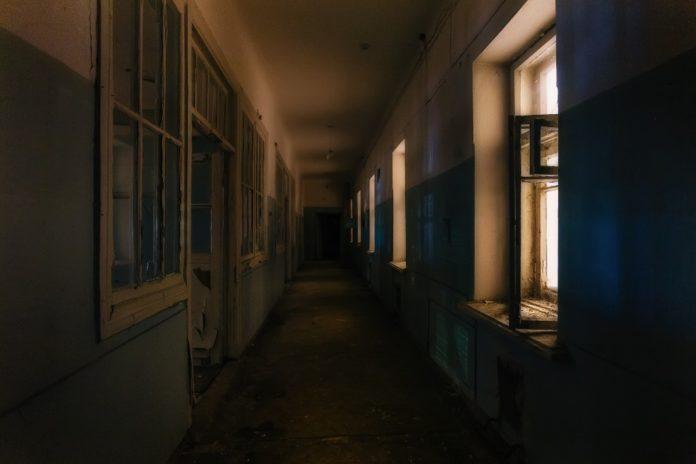 recorrido por la clínica embrujada en la Roma