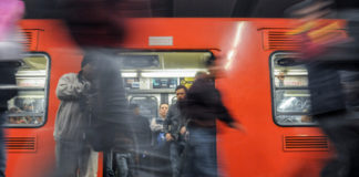Detienen a hombre por cometer abuso sexual en el Metro de CDMX