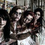 aburrido-recorre-esta-casa-de-terror-infestada-de-zombies