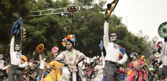Desfile Internacional de Día de Muertos