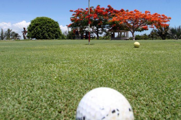 Por no jugar golf Fernando Rivera